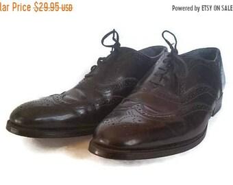 Nunn Bush, Men's dress shoes, mens wingtip oxford shoes, black leather wingtips, size 9 1/2 B wingtip oxford shoes, mad men shoes