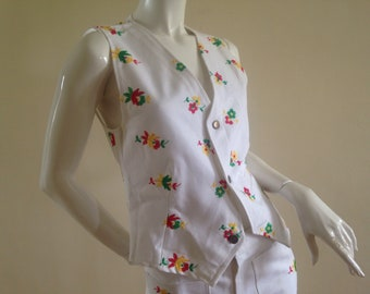 70's mint condition waistcoat, embroidered with flowers, deadstock, vintage French