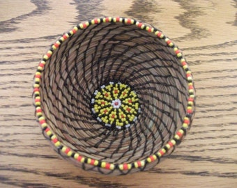 Small Pine Needle Basket,Handwoven Basket,Beaded Native American Basket,Coil Basket,Handcrafted Woven Gift,Unique Home Décor,Natural Color
