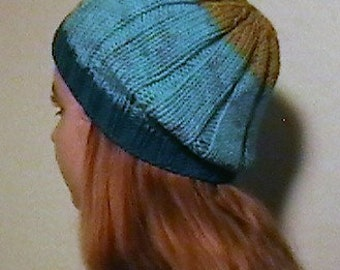 Knitted Ribbed Beanie