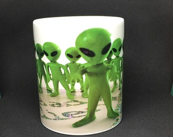Alien Mug / Roswell Coffee Mug /UFO /  Flying  Saucer / X-Files / Alien Tea Cup