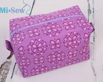 Lovely handmade make up/toiletry/Cosmetic box bag fully lined.