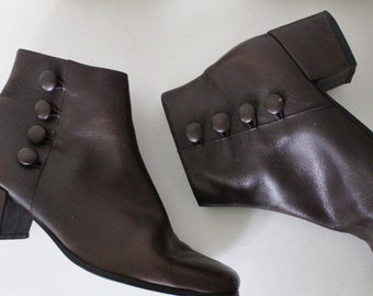 Vintage 1990s Brown Ankle Boots | Dark Brown Chelsea Boots | Nine West Boots | 6.5