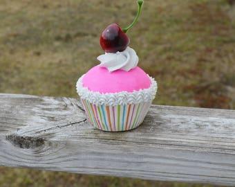 One Fake Cupcake