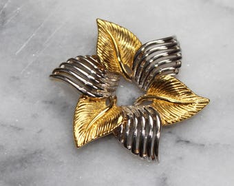 VTG 1960s Gold & Silver Triangle Textured Flower Brooch