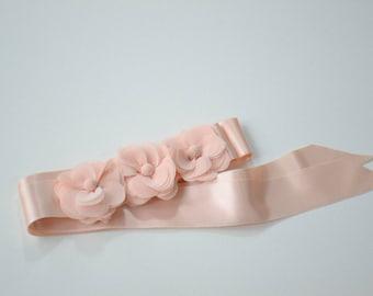 Bridal belt, Pink Bridal sash, Floral Bridal Belt,  Blush bridal sash belt, Flower wedding sash, Flower wedding  belt, Vera Wang Inspired