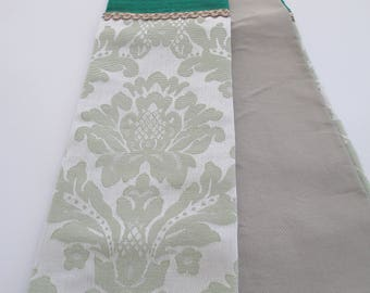 Green Silk Tapered Clergy Priest Pastor Stole with Silver-Green Orphey for Ordinary Time