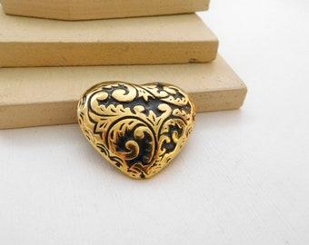 Retro 80s Gold Tone Black Enamel Victorian Scroll Puffed Heart Brooch Pin B16
