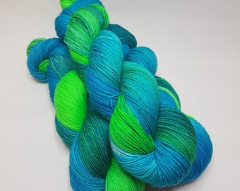 Hand dyed Merino Nylon yarn, 4-ply, Sock weight, 100g, ALEX, sock yarn