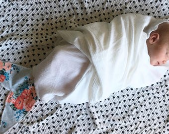 Mermaid Tail Baby Swaddle / Wrap / Fish Tail Swaddle