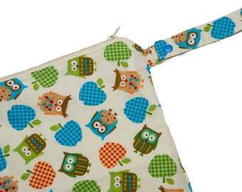 Apples and Owls - 12x12 Sweet Bobbins Wet Bag - SEAM SEALED - Snap Strap
