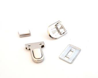 Fermoir cartable argenté 3 X 2,5 cm