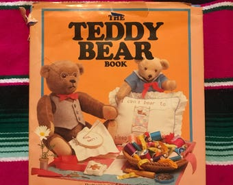 The Teddy Bear Book 1984 Filled with over 100 things to make