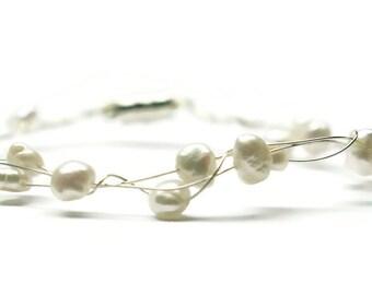 Pearl bracelet, wirework bracelet, pearl wire bracelet