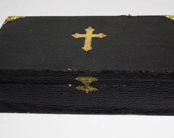 Vintage Priest Sick Call/Last Rites Box
