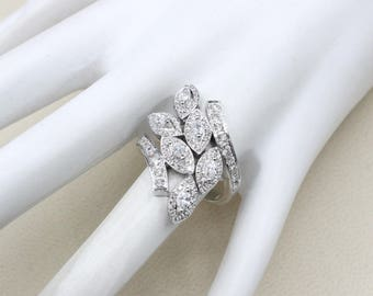 Womens Diamond White Gold Ring Marquise 0.41 ct round 0.71 ct VS_G,H  Solid goldsize 7