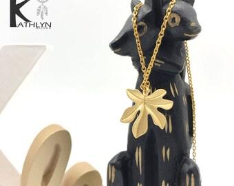 Matte gold leaf necklace