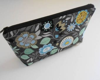 Large Cosmetic Bag Zipper Pouch ECO Friendly Padded Flat Bottom Zipper Pouch NEW Bohemia Floral