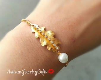 Gold Oak Leaf Bracelet Swarovski Crystal Bracelet Pearl Charm Bracelet Bridesmaid Bracelet Woodland Bracelet Women's Bracelet