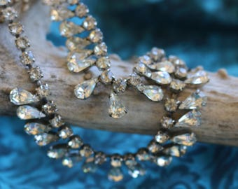 Dine out with him in Style with Joseph WIESNER  NY !Rhinestone NECKLACE, 1950s, 13inch, 2 tiered Faceted , prong set,  Brides/Proms