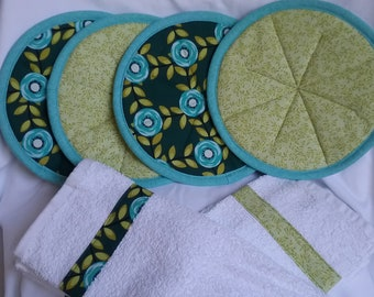 Hot pads/pot holders and coordinating towels