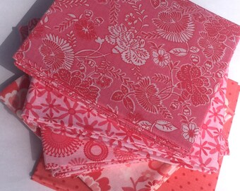 Pink Fat Quarter Fabric Bundle