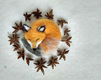 AROMATIC FOX! Needle felted Fox, Anise Sense, Needle felted animal, Sleeping fox, Fox gift