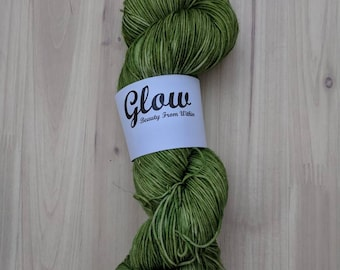 Mistletoe single skein
