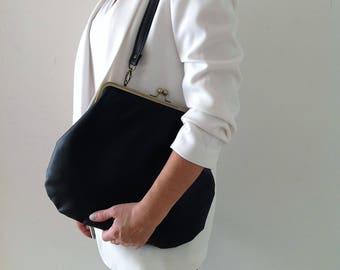 Black Shoulder Bag, Black Handbag , Vegan Handbag for woman , Faux Leather handbag , Faux Leather Purse , Kiss Lock Purse, Woman handbag