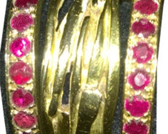 Miye Matsukata swegged 18K gold wire ring with gold/ruby guards