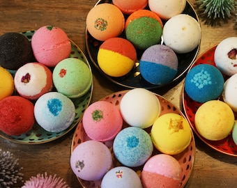 12 Bath Bombs. Perfect Gift Set. Handmade Fizzy bomb with Shea Cocoa Butter. Moisturize Dry Skin.