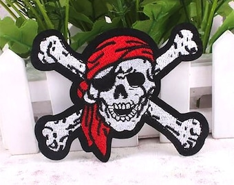 Skull Pirate cross and bones  Embroidered Iron On Patch Applique SC040118