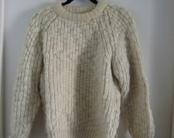 "Vintage Bulky Cuddly "" like new"" Soft Wool Sweater"