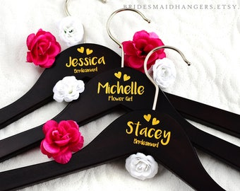 Bride Hanger, Bridal Hanger, Personalized Wedding Hanger, Wedding Dress Hanger, Bridal Hanger, Bridesmaid Hanger, Bride Hanger H18