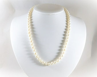 Elegant 6.8mm White Pearl Necklace