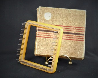 Vintage Weavers Loom with Instructions
