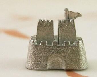 Mini Castle or Sandcastle - Shrine - Memory Box     (DR-018)