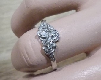 Vintage, Carved Roses .925 Sterling Silver Ring.