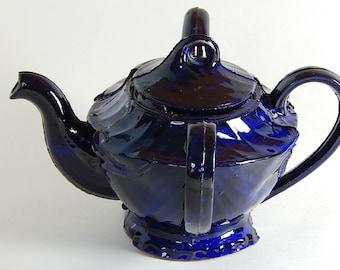 Navy blue double teapot