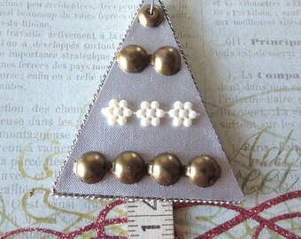 Christmas Tree Ornament, Silver Tree 14