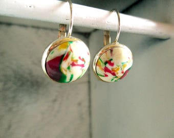 Beautiful colorful earrings with closure. Handmade.
