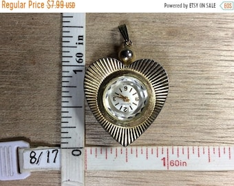 10%OFF3DAYSALE Vintage Vantage Gold Toned Heart Watch Pendant Not Working Used