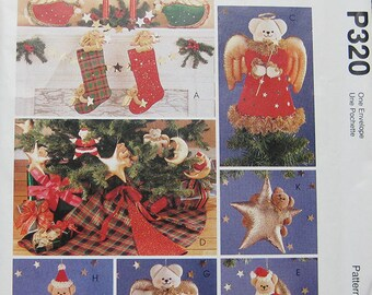 McCalls Christmas Bear Crafts Pattern P320