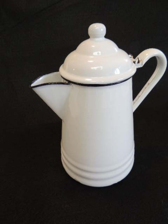 Vintage Large Enamelware White Enamel FARMHOUSE Style COFFEE POT.. Black Trim