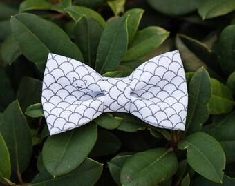 Bow tie unusual, creative  with a bear. Wedding white bow-tie. Baby boy gray bow tie. Boy bow tie. Adult  bow tie.