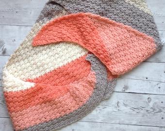 Textured Boomerang Shawl, Scarf, Shawlette