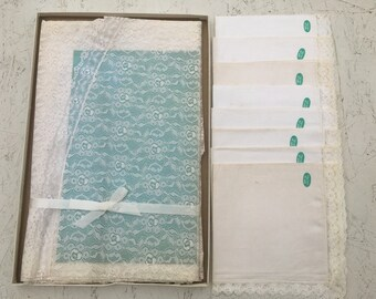 Vintage Quaker Lace & Linen Oval Tablecloth + 8 Napkins Set NIB New In Box Blossom Time