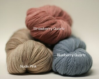 Doigté chaussette fil main teint peint | Solides et panachées de couleurs | Laine mérinos et laine péruvienne