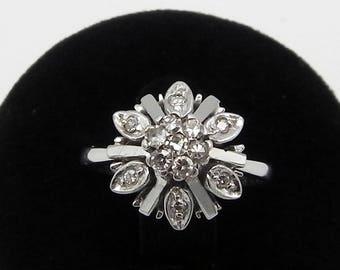 Antique Platinum Diamonds Rosette Ring old ring rosette of Platinum and shiny