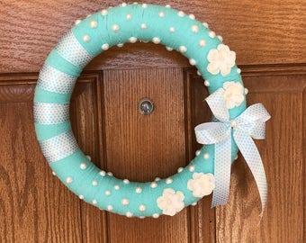 12-inch Light Blue Wreath / Blue Yarn Wreath / Gift for Mom / Pearl Wreath / White Flower Wreath / Year Round Wreath / Blue Spring Wreath